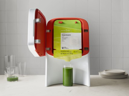 Juicero Press_Open Door with Pack (1)