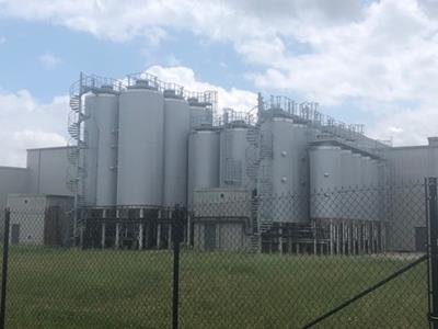Looking to purchase 600HL – 1200HL Fermentation Tanks and other brewery equipment