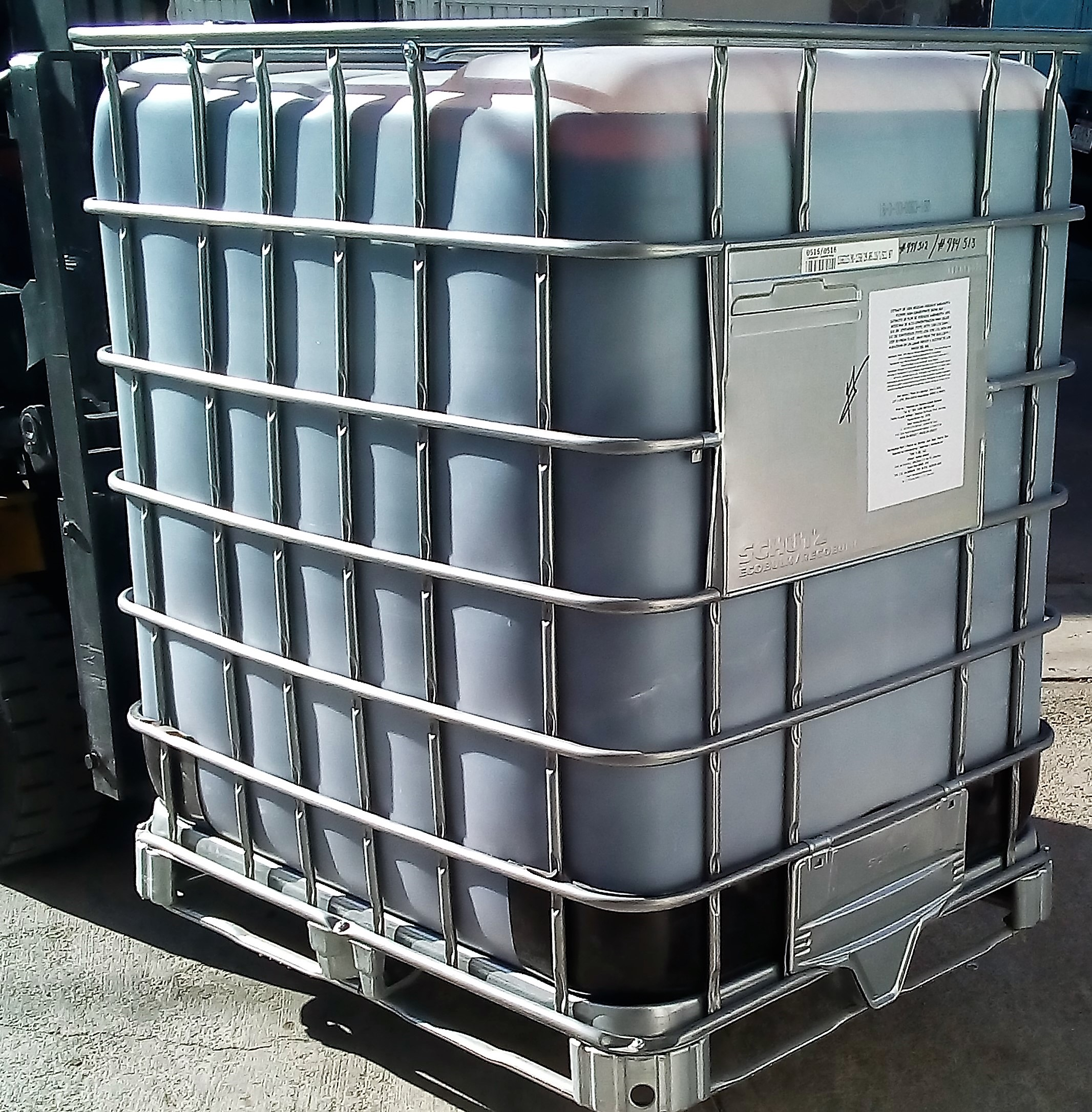 IBC Container (B2B / Export Size Presentation) of our unique Hibiscus Flower Extract for Beverages