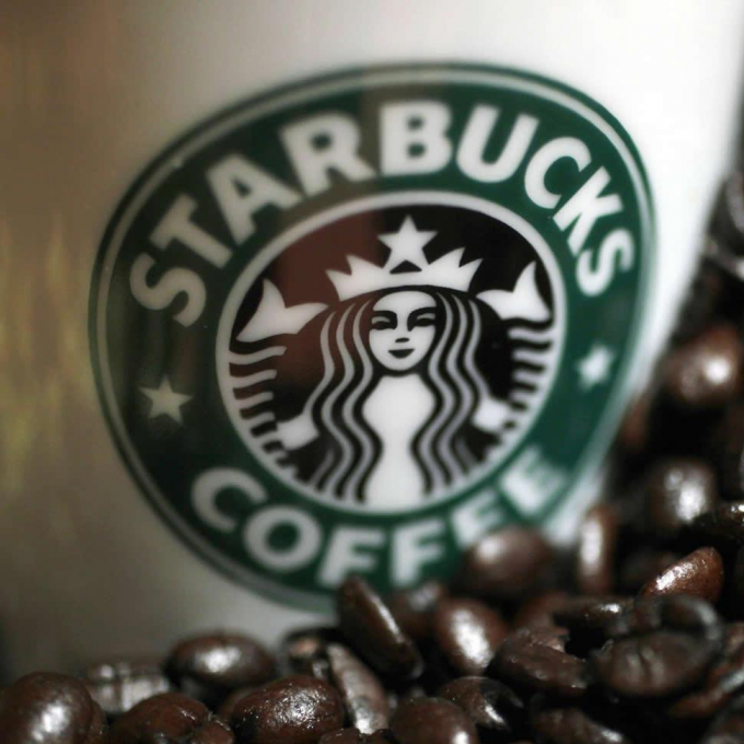 Departing CEO Schultz Leaves Large Growth Agenda for Starbucks