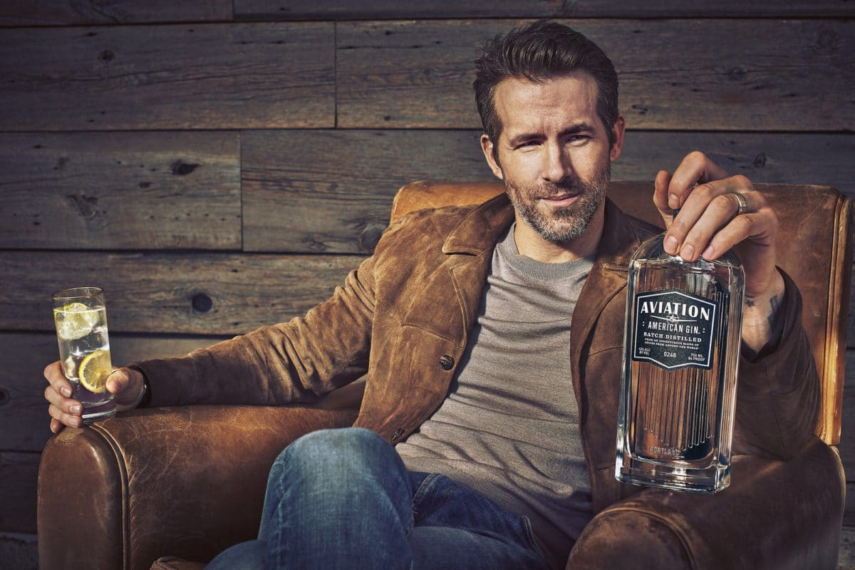 ryan reynolds buys aviation gin